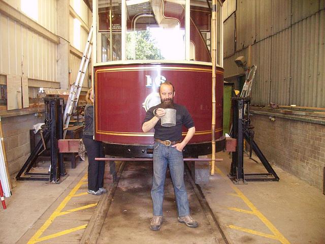 BM tram - 16 - mug shot