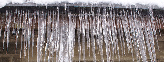 gbww - ice curtain