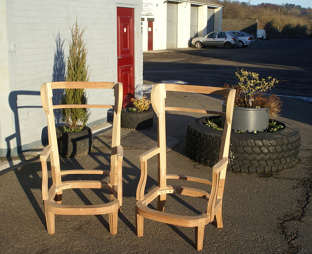 PA - The two chairs for export