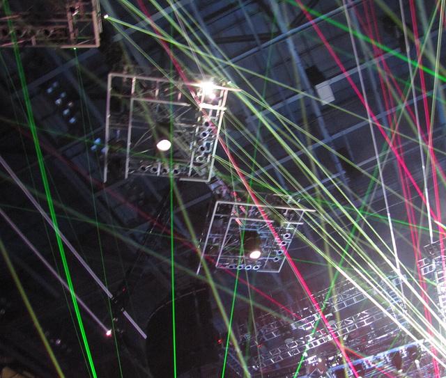 Spots .. Lasers..