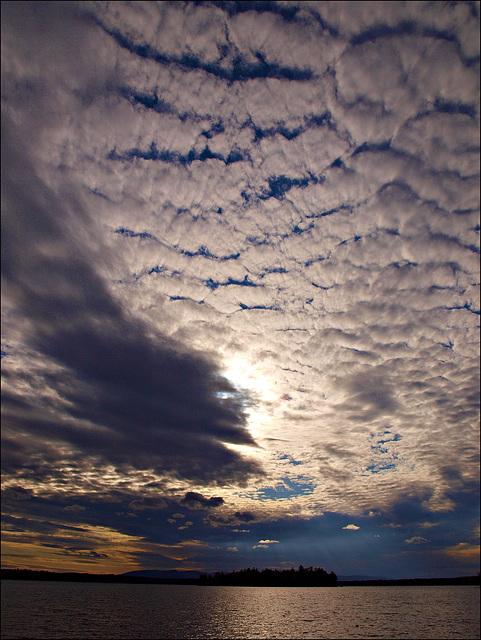 big mackerel sky