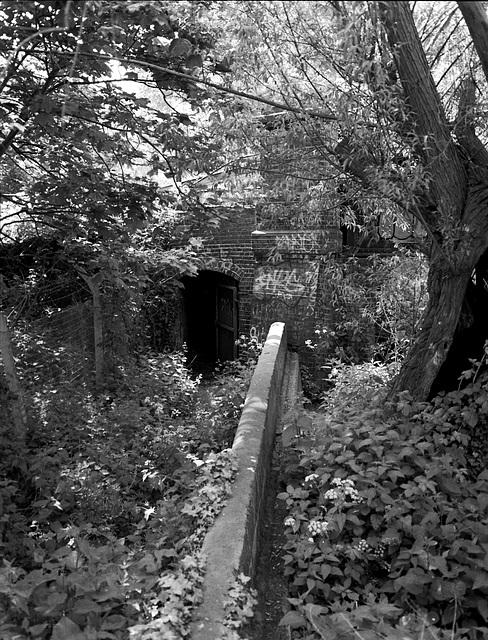 Railway tunnel. S. Wimbledon.
