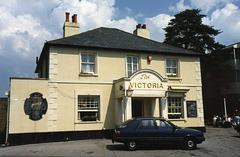 Banstead: Victoria pub in 1989