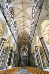 Salisbury nave