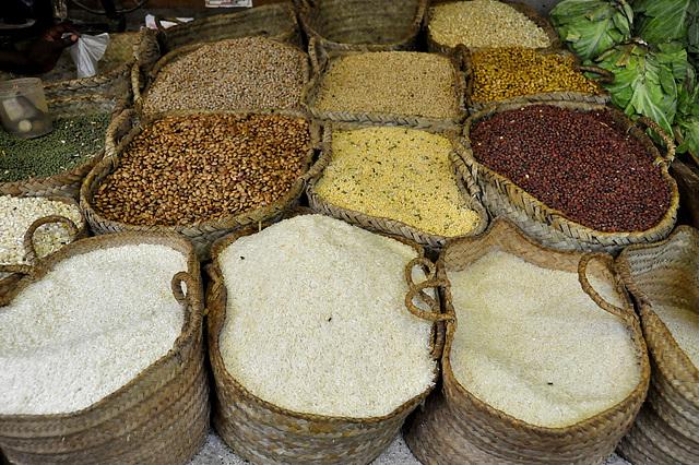 Reis, Bohnen & Linsen