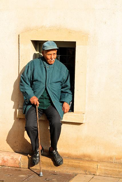 Le vieil homme à la fenêtre
