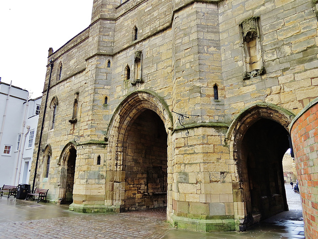 exchequer gate, lincoln cathedral