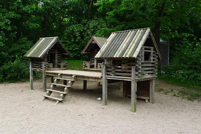 spielplatz-huette-1160081