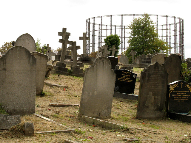 Graves & Gasometer
