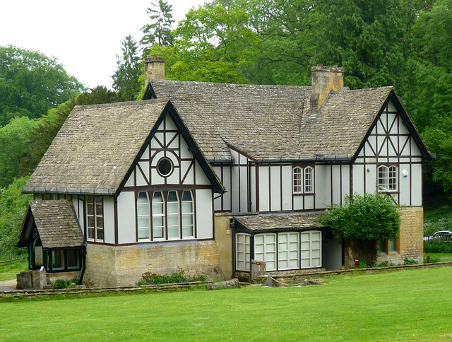 Victorian Shooting Lodge