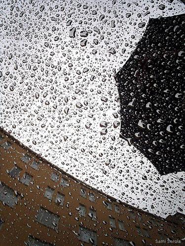 How to use an umbrella I