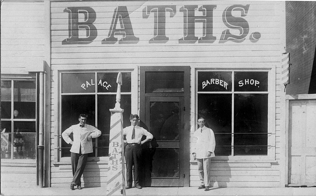 Baths. [Medicine Hat, Alta.]