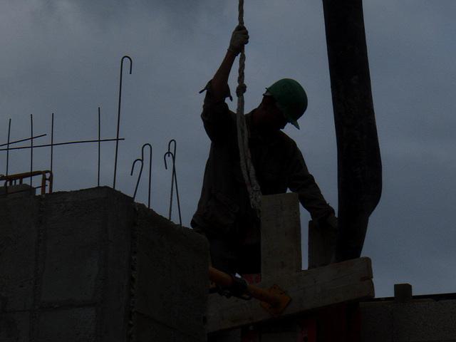 Bancheur coulant le beton