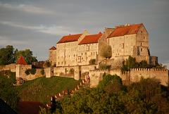 Burghausen: Burg in der Abendsonne