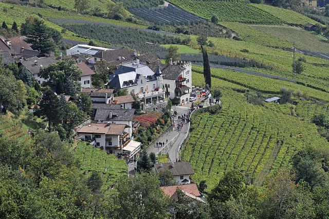 Westl. Teil von Dorf Tirol - 2008-10-04_DSC2294