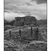 Pueblo del Arroyo in black and white