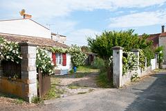 Haus mit Garten  an schmaler Seitenstrasse in La Cotinière - 2011-05-02-_DSC7394