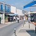 Hauptgasse mit Läden in La Cotinière - 2011-04-30-_DSC6936