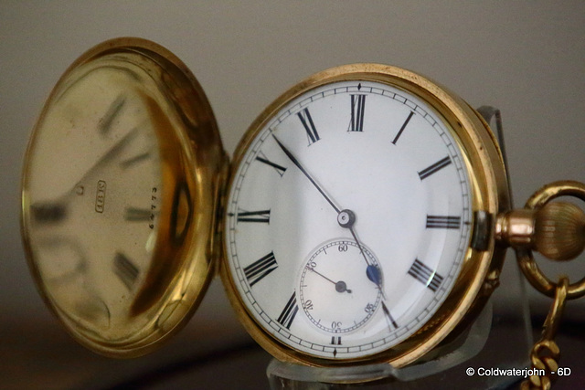 Hahn Landeron 18K gold cased Hunter Pocket Watch, made in the 1890s.