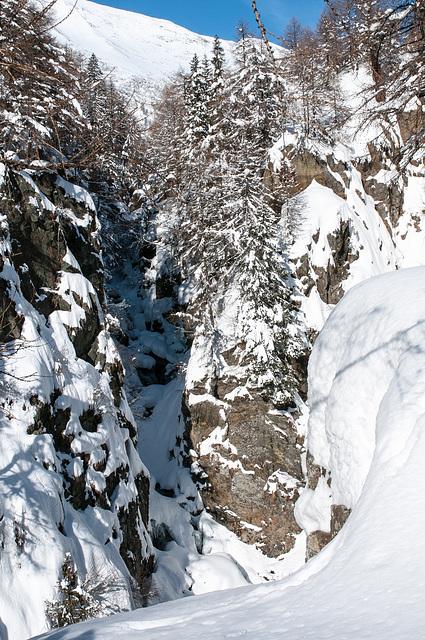 Schlucht des Valserbaches am Aufstieg zur Fanealm im Winter -  2009-01-25-_DSC3611.jpg