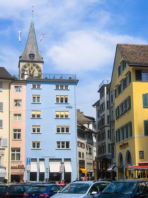 Münsterhof und St. Peter - 2004-04-29-Ixus400-IMG_1985