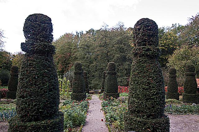 20121008 1457RWw Osnabrücker Hof, Garten