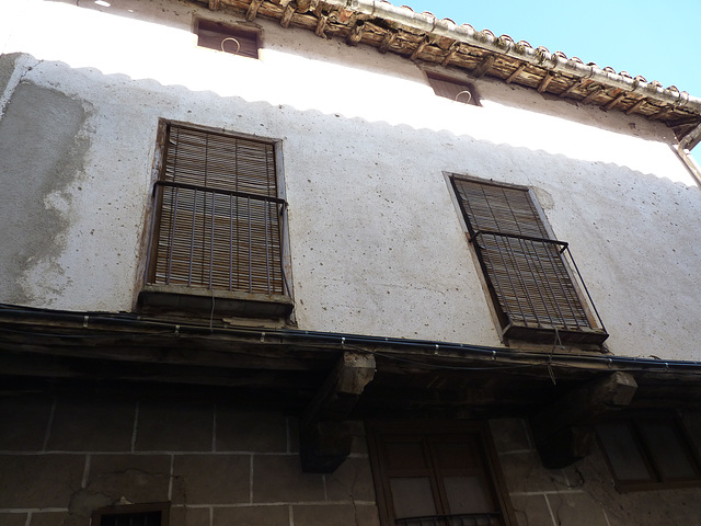 Balcones típicos en Garganta la Olla