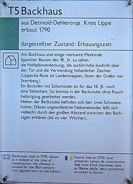 20121008 1524RWw Lippischer Meierhof, Backhaus