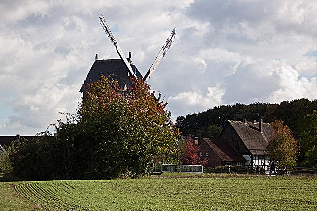 20121008 1535RAw Bockwindmühle
