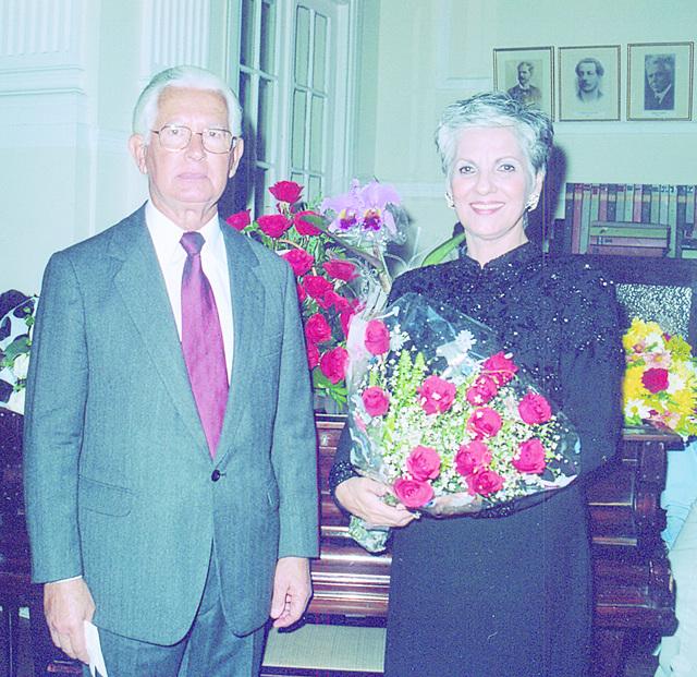 Edmo Rodrigues Lutterbach e Neide Barros Rêgo na AFL