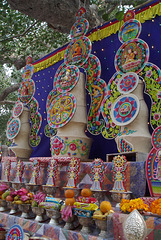 Tormas et offrandes  (Temple de Mahabodhi) (Bodh-Gaya, Bihar, Inde)