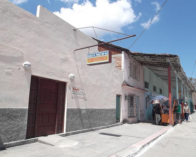 Centro Nocturno Caguanes.