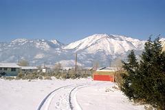 barn&snow&slide_mtn_adj