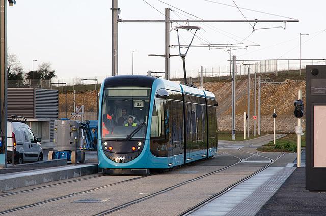 BESANCON: Premiers essais du tram: départ du dépot 02.