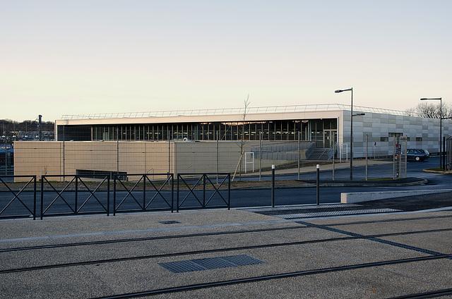 BESANCON: Premiers essais du tram: Centre de maintenance.