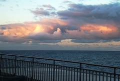 Feuer in den Wolken über dem Atlantik. ©UdoSm