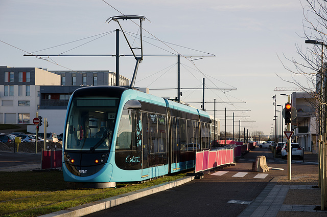 BESANCON: 1ers essais du tram: Avenue Ambroise Paré 02.