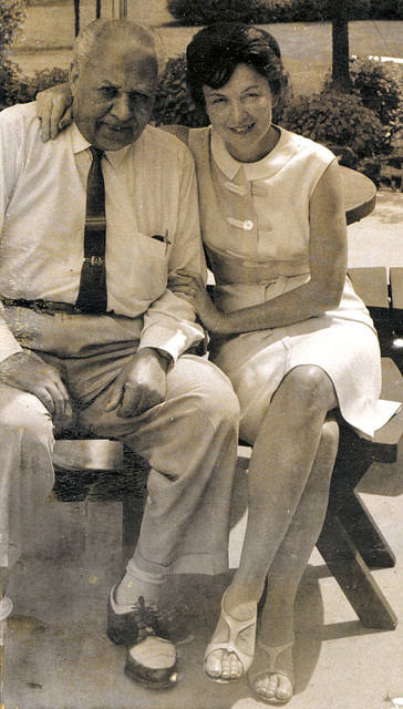Mom and Doc Allen in the back yard, about 1962