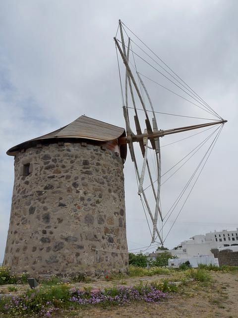Windmill at Hora