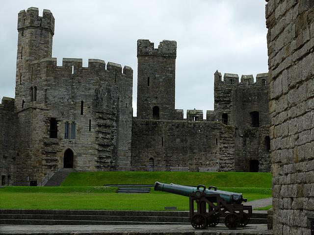 Castell Caernarfon/Caernarfon Castle (11) - 30 June 2013