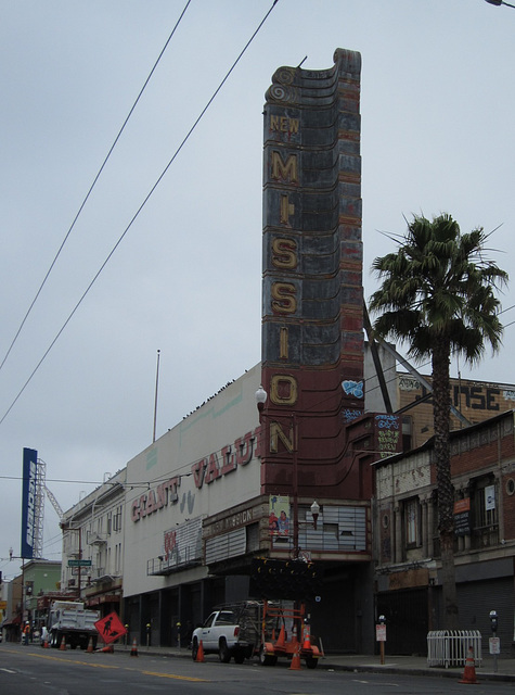SF Mission Theaters 1142a