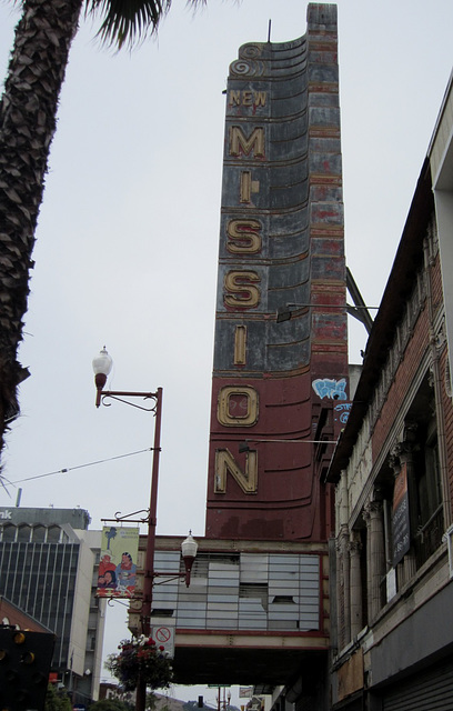 SF Mission Theaters 1138a