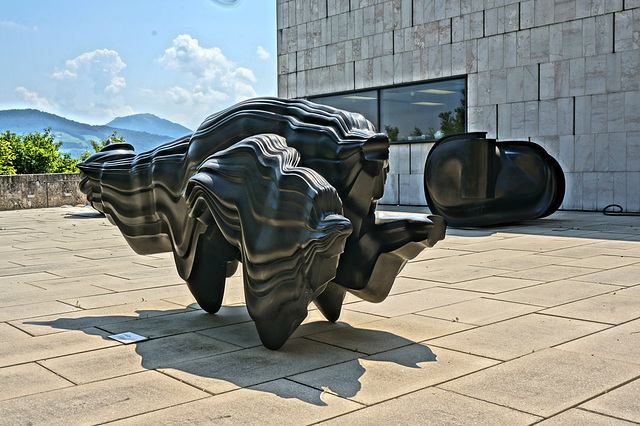 Kunstwerke am Museum der Moderne