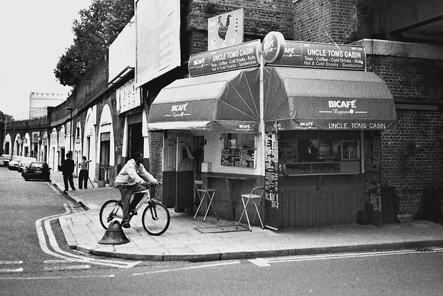 Uncle Tom's Cabin, Wandsworth Road. SW London.