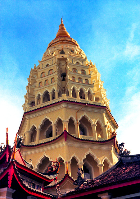 Keh Lok Si Temple