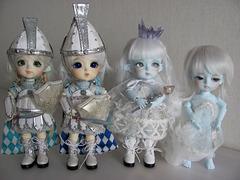 Lati Snow Queen crew