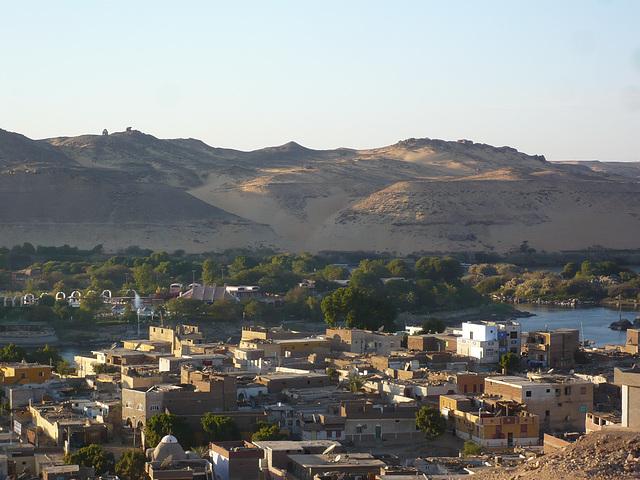 Assuan, Nil und Wüste
