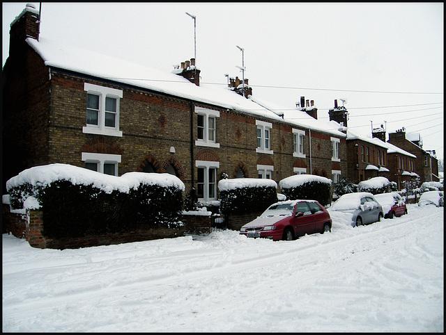 snow in Walton Crescent
