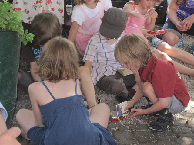 2010-spieldende Kinder