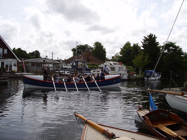 WR (O&A) - Leaving Wroxham